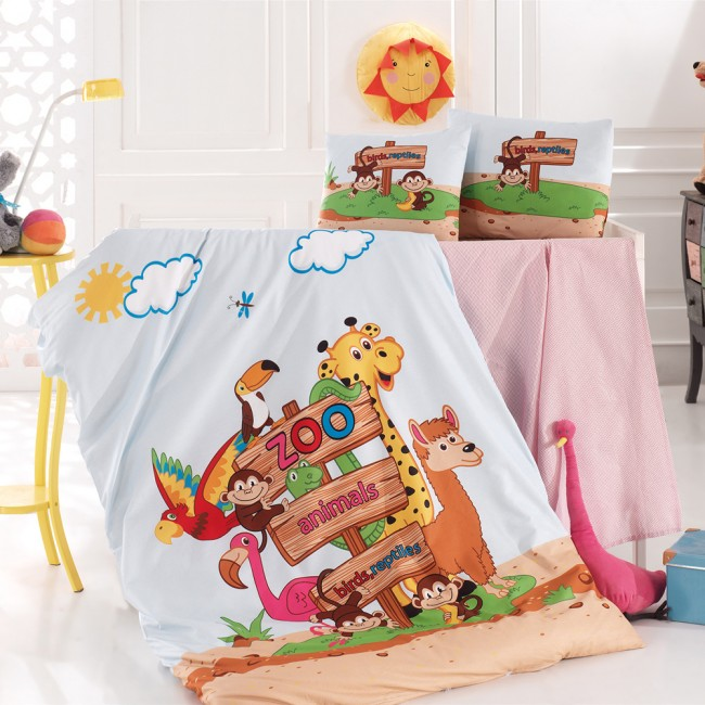 Спален комплект за кошара Зоопарк с чаршаф на розови точки